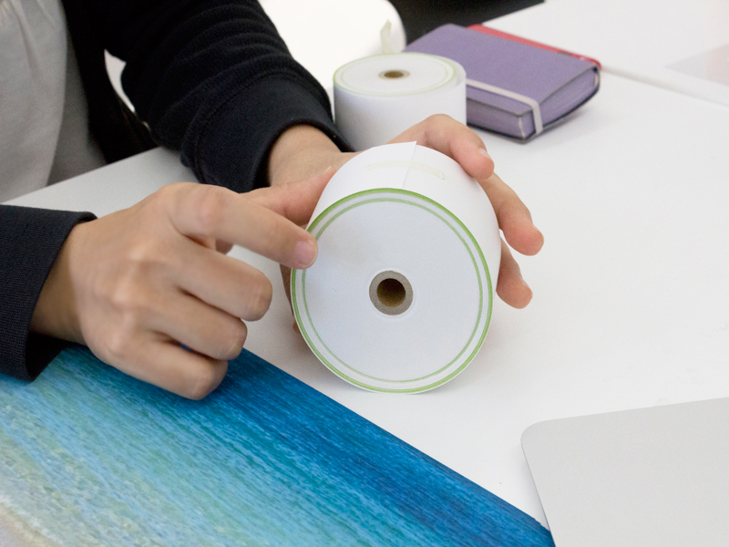地球を層化したテープ
