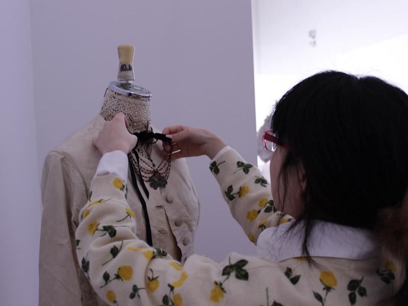 1月27日(月)ファッションデザインコース 搬入作業
